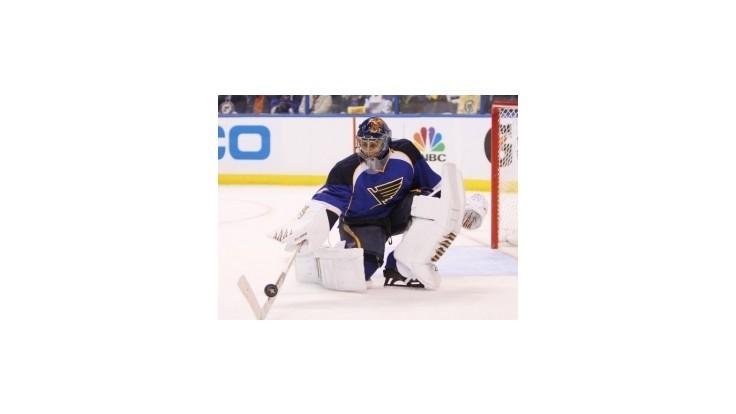 NHL: Pre St. Louis sa sezóna skončila, Halák teoreticky voľný pre MS