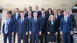 Pellegriniho vláda prvýkrát zasadla a prijala programové vyhlásenie