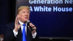 Trump podpísal dekrét o uvalení ciel na čínske produkty
