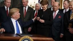 USA udelia Európe výnimku pre clá na oceľ a hliník. Bude dočasná