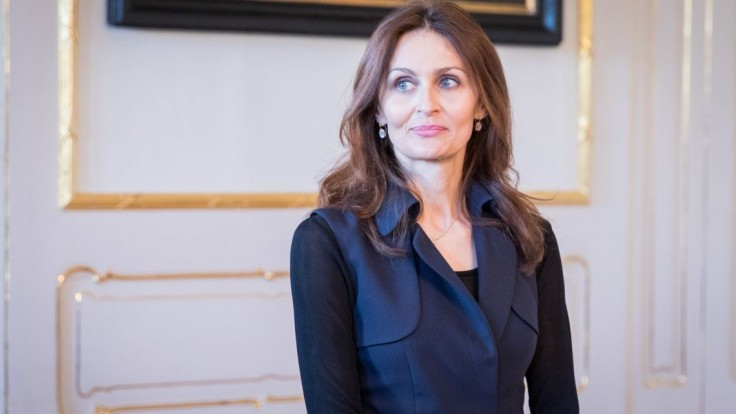 Nová ministerka odmieta konflikt záujmov pre rodinné väzby