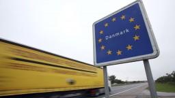 Zosadený Puigdemont má problém, zadržali ho na hraniciach
