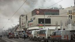 Požiar v ruskom centre zabil vyše 60 ľudí, podarilo sa ho uhasiť