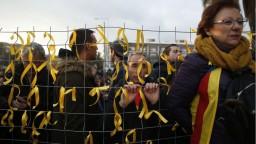 Puigdemonta zadržali a previezli do väznice, Katalánci protestovali