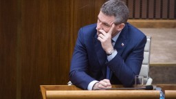 Rokovanie o dôvere Pellegriniho vláde môže trvať hodiny