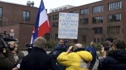 Nemecký súd rozhodol o osude Puigdemonta, ostáva vo väzbe