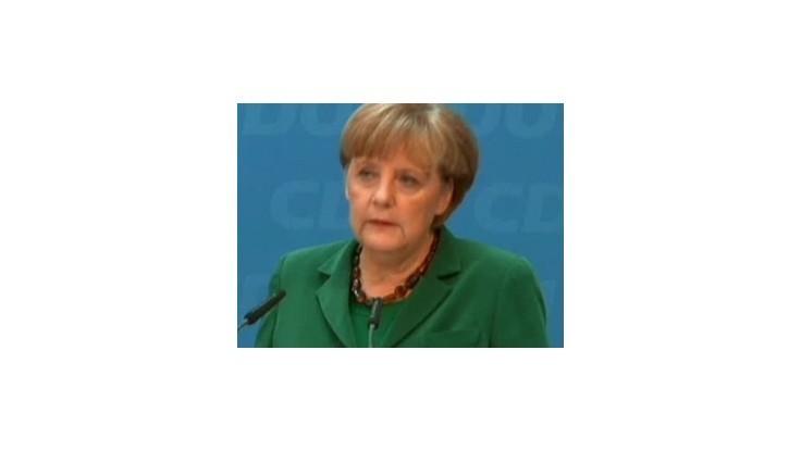 Merkelová žiada Atény o ďalšie šetrenie aj po voľbách