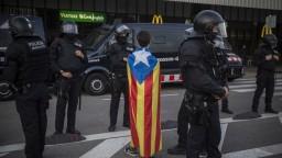Nikdy sa nevzdáme, odkázal Puigdemont Kataláncom z väzenia