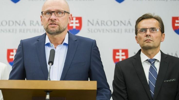 Odchod Krajmera je nepostačujúci krok, tvrdí SaS