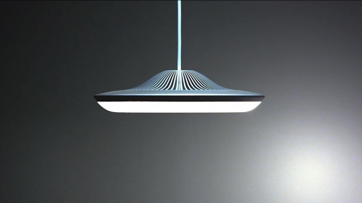 Maľujte doma svetlom, lampa od Luke Roberts je na to stvorená
