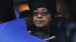 Zomrela bojovníčka proti apartheidu, druhá manželka N. Mandelu
