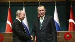 Putin sa stretol s Erdoganom, rokovali o raketách i Sýrii