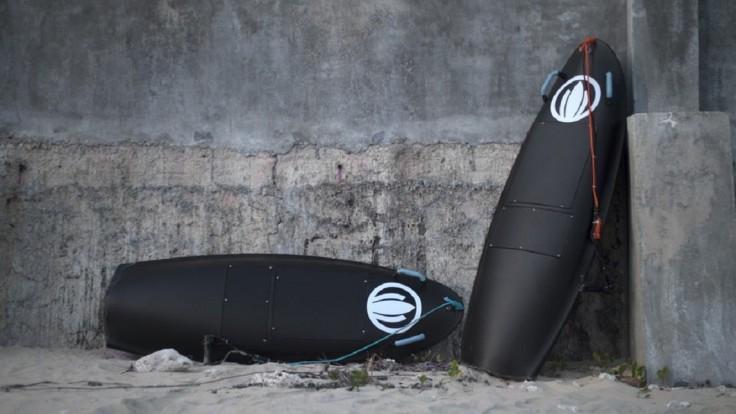 S elektrickým surfom Blea Shark sa vyšantíte aj na pokojnej hladine