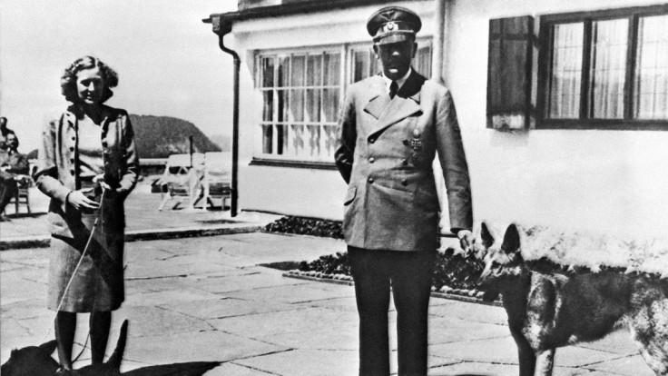 Vandali vtrhli k Hitlerovmu zvonu, odstránili z neho hákový kríž