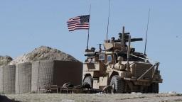 Islamský štát v Sýrii melie z posledného, Trump ho chce vykoreniť