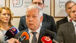 Šéf Národného onkologického ústavu Valocký po kritike končí