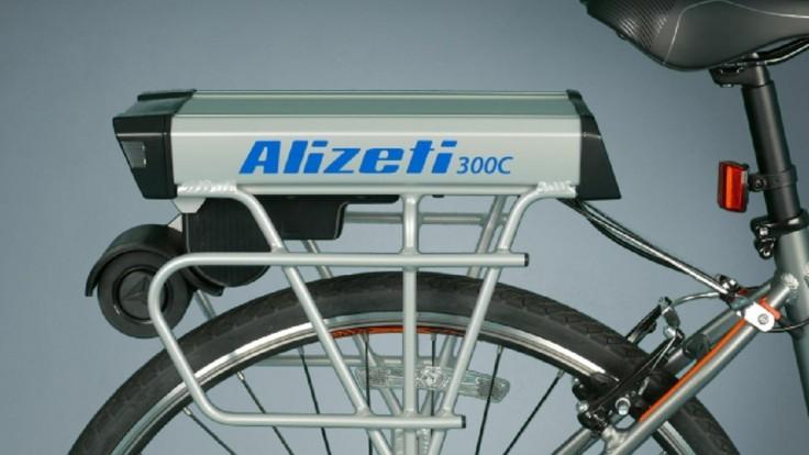 Systém na zadnom stojane prekonvertuje váš bicykel na elektrický