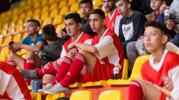 Rómovia si zahrali futbal proti politikom