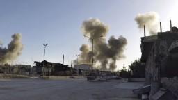 V sýrskom meste zahynuli desiatky ľudí. Išlo o ďalší chemický útok?