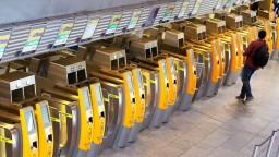 Lufthansa zruší polovicu letov, zamestnanci štrajkujú za vyššie mzdy