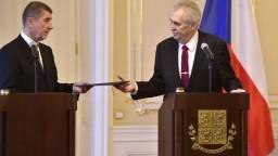 Zeman prekvapil českých politikov, Babišovi odporučil ešte rokovať
