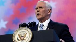 Trump sa na samit Amerík nechystá, zastúpi ho viceprezident