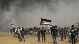 V Palestíne sa znovu rozbehli protesty pri hranici s Izraelom
