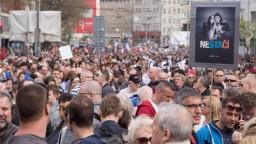 Ľudia na zhromaždeniach žiadali odchod Gašpara a Kováčika