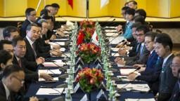 Čína a Japonsko sa zbližujú, dôvodom je obchodná politika USA