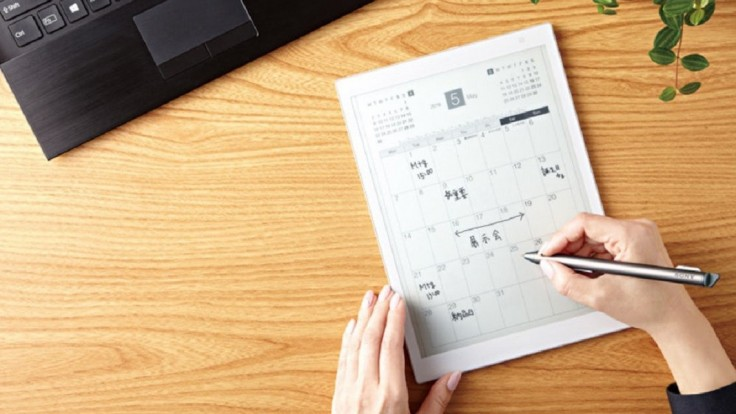 Sony zmenšuje svoj špeciálny pracovný tablet Digital Paper