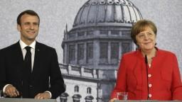 Merkelová prijala Macrona, debatovali aj o budúcnosti EÚ