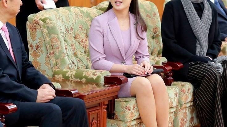 Zo súdružky prvá dáma. Žena lídra KĽDR posilnila postavenie
