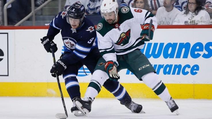 NHL: Winnipeg postúpil do 2. kola play-off, Minnesotu zdolal piatimi gólmi