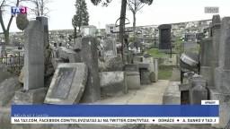Zdevastovaný historický cintorín chce obec obnoviť