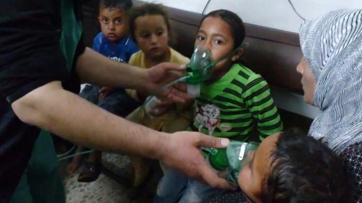 Švajčiari povolili vyviezť do Sýrie látku použiteľnú na chemický útok