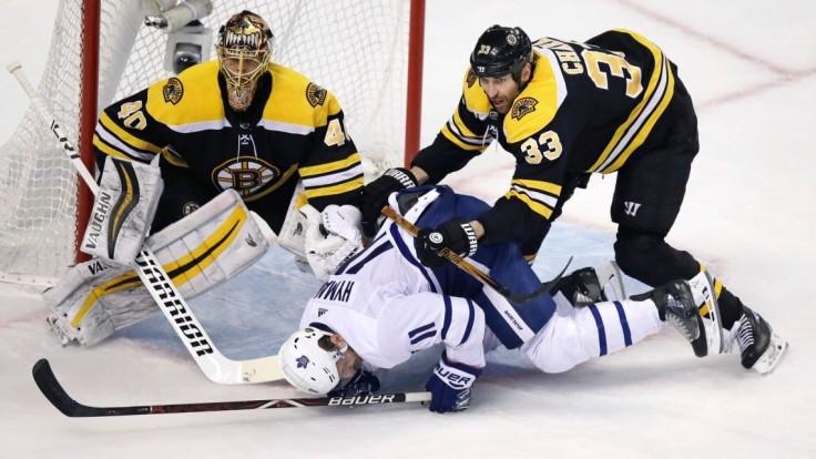 NHL: V súboji o Stanleyho pohár ostáva slovenské kvarteto