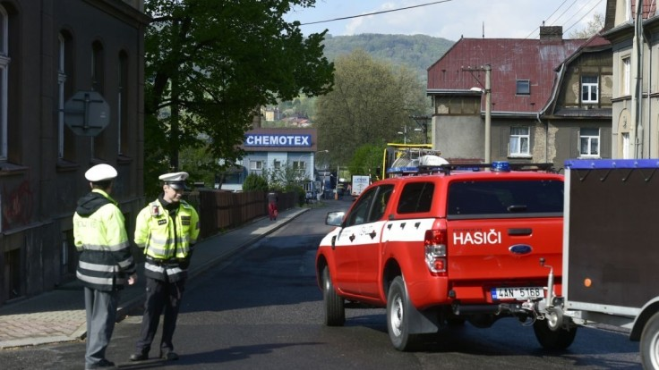 Po úniku jedovatej látky v Česku sa zranilo 17 ľudí