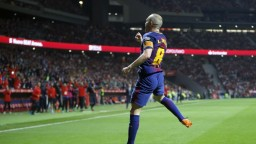 Iniesta po sezóne v Barcelone končí, ďalej by mal pokračovať v Číne