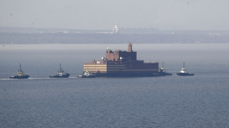 Plávajúci Černobyľ opustil prístav, vyvoláva obavy ekológov