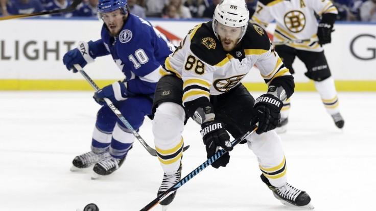 NHL: Boston triumfoval na ľade Tampy, prvý útok Bruins s 11 bodmi