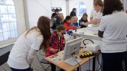 Rezort školstva podporí výskumné centrá, vyčlenil milióny eur