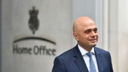 Británia má nového ministra vnútra, má pakistanské korene
