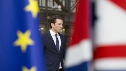 Rakúsko schválilo nižšie prídavky, pocítia to aj deti Slovákov