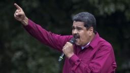 Venezuelský prezident burcuje voličov, vyhráža sa revolúciou