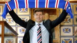 Steven Gerrard sa stal trénerom, do tímu by chcel Škrtela