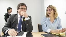 Katalánski poslanci nepočúvajú Madrid, chcú zvoliť Puigdemonta