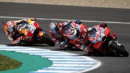 Moto GP: Hviezdna trojica sa zrazila, súboj skončil bez víťaza