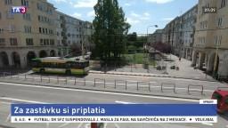 V Žiline sa naťahujú o zastávku, rukojemníkmi sú cestujúci