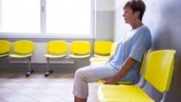 Nočné služby pohotovostí sa zjednotia, lekárnici žiadajú príplatok