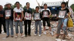 Uctili si obete hrozivého zemetrasenia, zahynuli pri ňom desaťtisíce